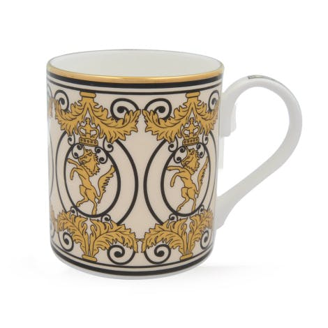 Crafted from fine English bone china, this mug features the famous royal unicorn from Kensington Palace gates.