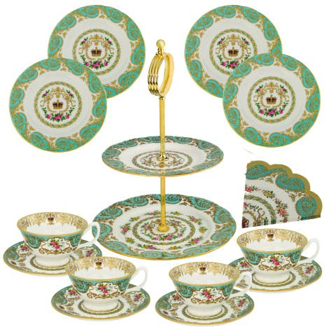 Boxed gift set contains 4 Royal palace teacups and saucers, 4 Royal palace side tea plates, cake stand, 1 set of Royal palace napkins from our Royal Palace china collection.  Created exclusively for Historic Royal Palaces, this elegantly designed tea set is made in England using fine bone china and is finished in 22ct gold.
