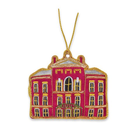 This exquisitely detailed tree decoration showcases the elegant architecture of Kensington Palace.