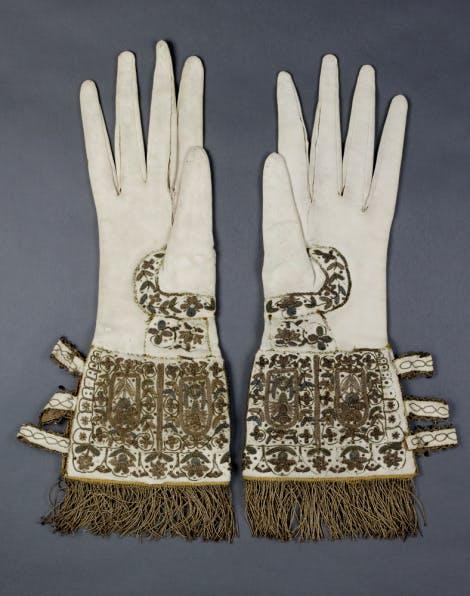 Gloves belonging to Elizabeth I