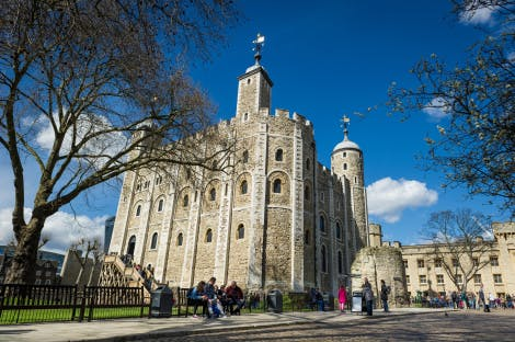 The White Tower at the Tower of London under a blue sky