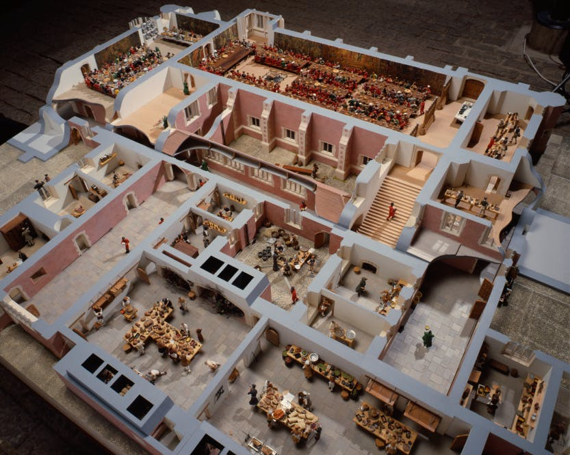 A model of the Tudor kitchens and the Great Hall and Great Watching Chambers where food was served.