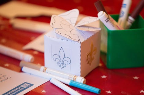 L&E family workshop: 'Make your own Tudor gift box'