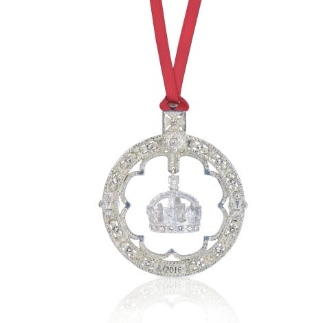Limited edition collector's pewter tree decoration. Features Queen Victoria's small crown. Dated 2016.