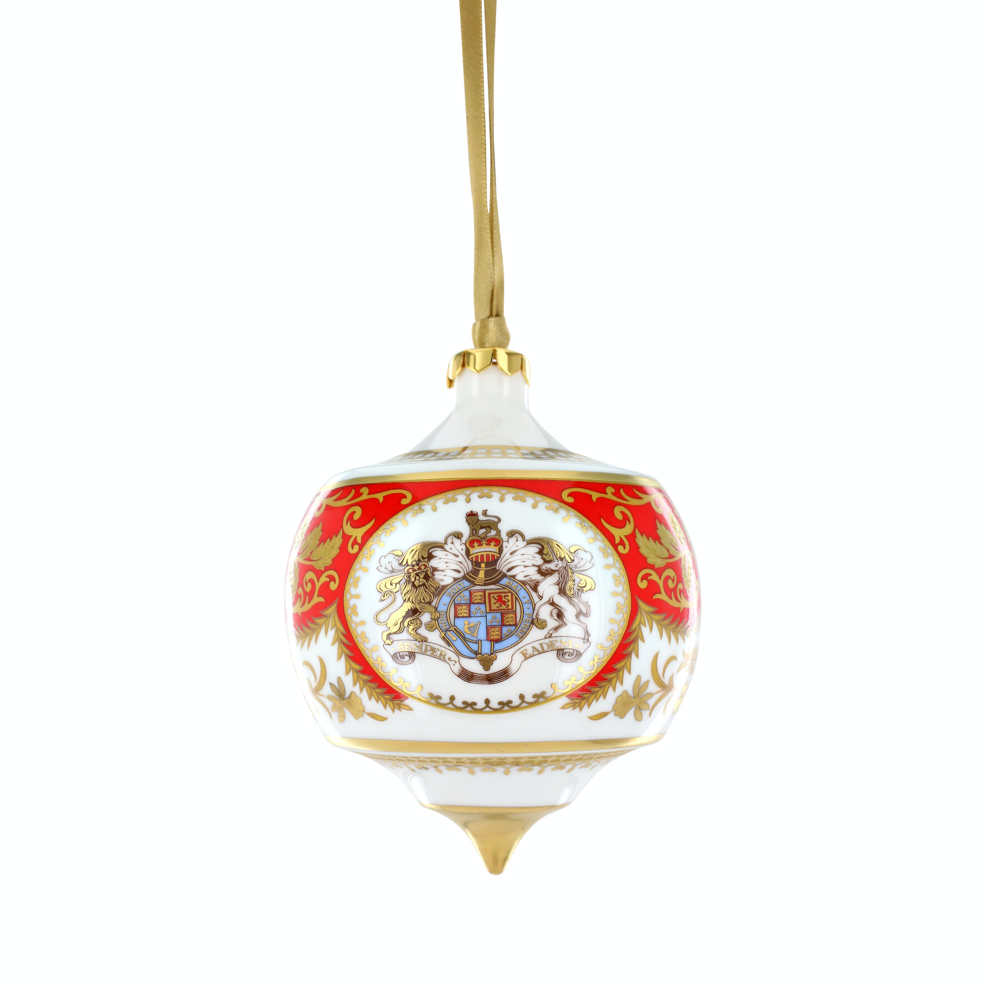 This beautiful ceramic bauble features a Palace Crest design, designed exclusively for Historic Royal Palaces.