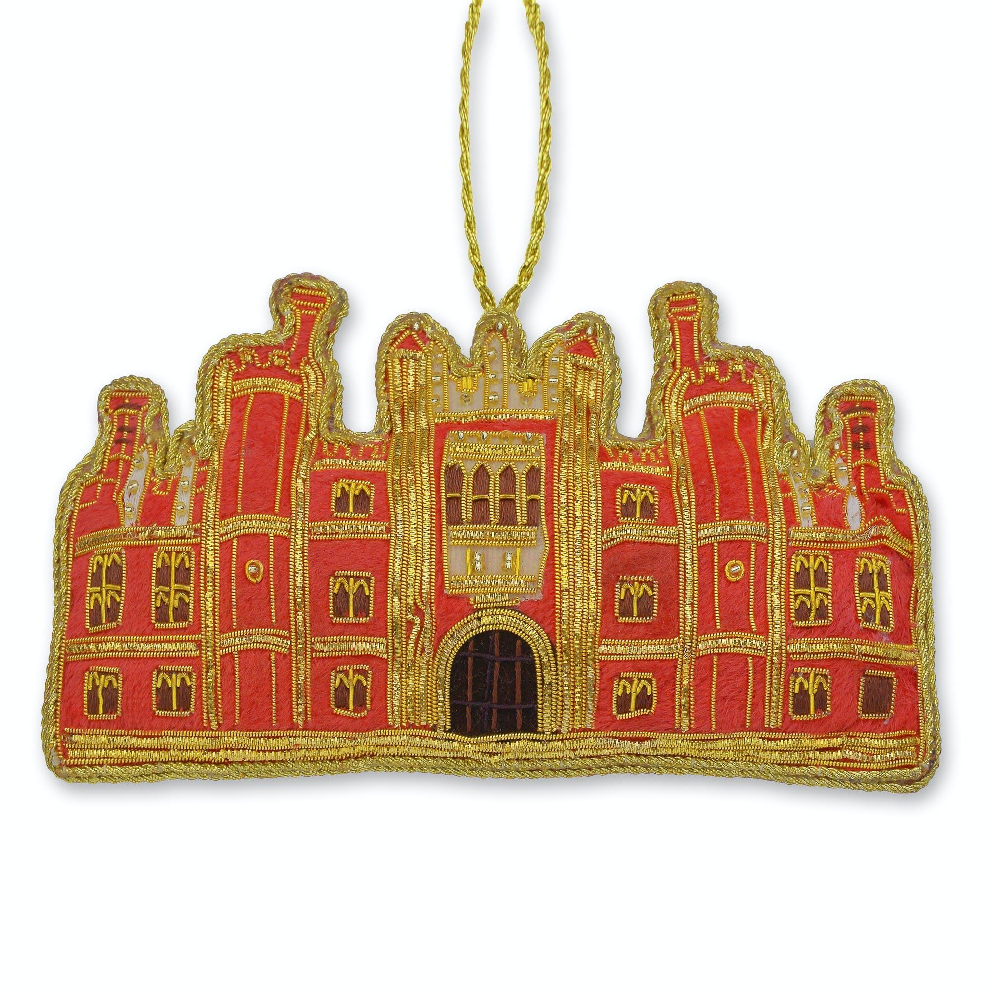 This Hampton Court Palace decoration showcases the beautiful architecture of the palace and makes a regal addition to any tree.