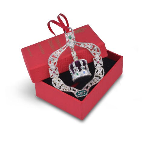 Limited edition decoration inspired by the Imperial Crown of India. Originally created in 1911 for George V to wear in Delhi.