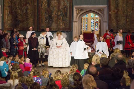 Story: Queen Elizabeth's Master of Revels is in the middle of preparing the Chapel Royal Choir for a festive performance, when he suddenly finds out that the voice of his lead boy chorister has broken. In his desperate search for a solution he comes across a kitchen boy whose singing voice is pure and beautiful. He pulls him into the royal choir but this is against the rules...